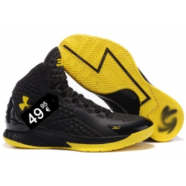 Zapatillas UA Curry One Negro y Amarillo