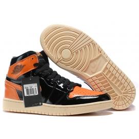 Zapatillas NK Air Jordan 1 Mid Negras & Naranjas