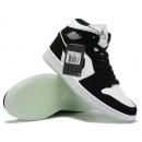 Zapatillas NK Air Jordan 1 Mid Blancas & Negras